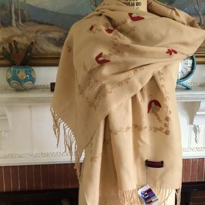 Gorgeous cashmere pashmina red/gold flowers